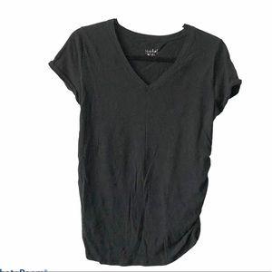 Maternity v-neck T-shirt super soft material Small